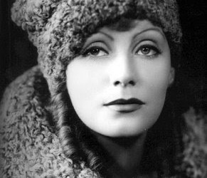 cecil beaton greta garbo hat c.u