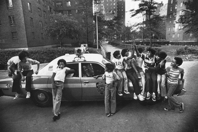 freedman_SC_kids_copcar